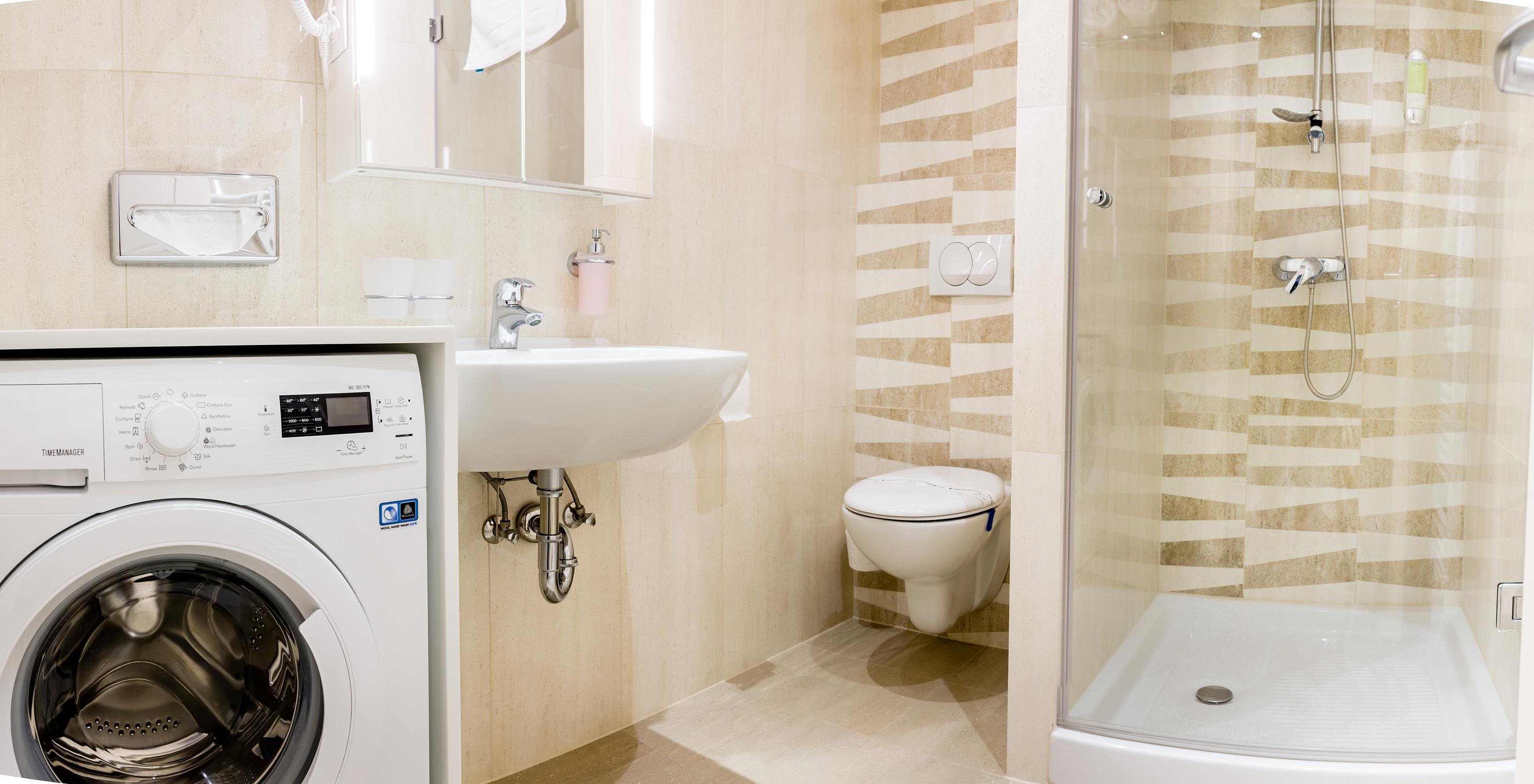 Room 203 bathroom